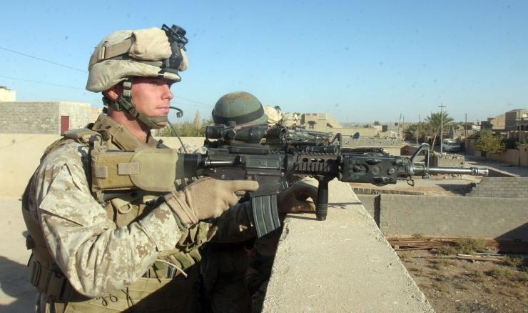 marines-on-rooftop Морская пехота США теряет опытных ветеранов